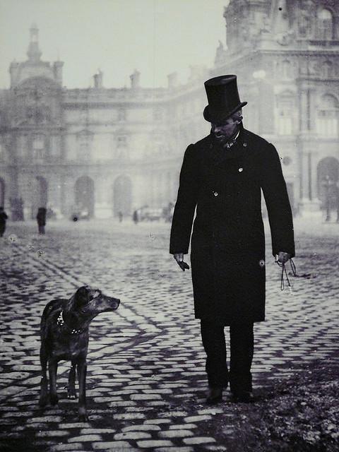"""Paris, 1892 """"Gustave Caillebotte et son chien Bergere sur la place du Carrousel"""""""