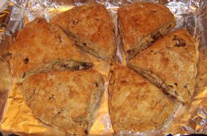 cinn dates scones oven