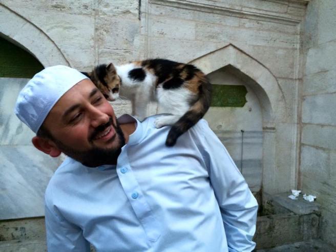 imam with cat